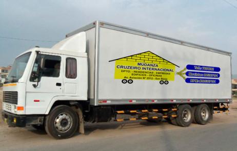 camion-con-logo